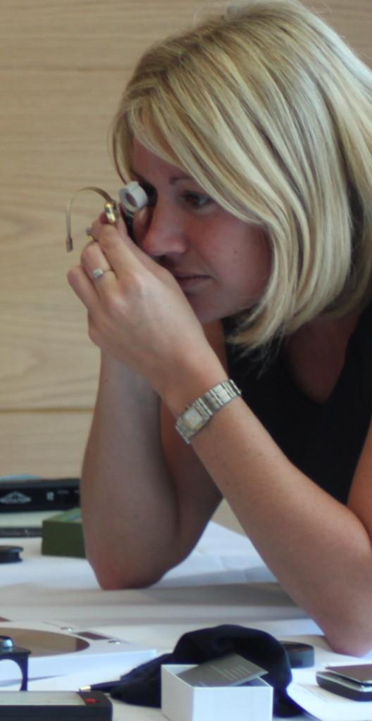 Emma Reeves jewellery Valuer
